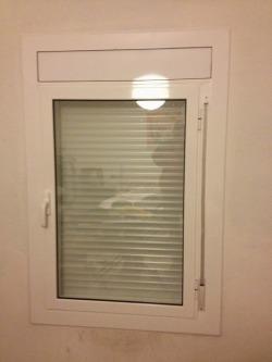 ventana aluminio blanco
