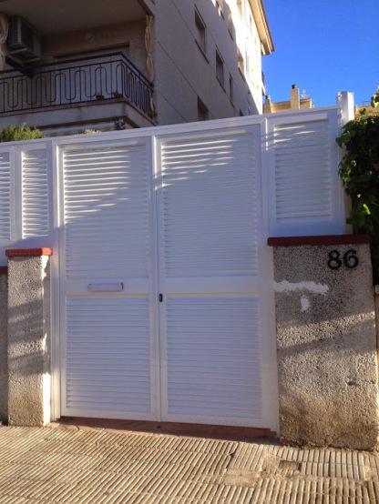 puertas entradas edificios